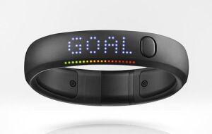 Стильный фитнес браслет Nike+ FuelBand SE