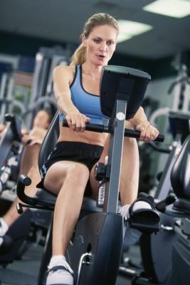 Упражнения после травмы коленного сустава