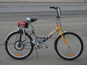 Велосипеды с бензином на моторе, виды бензиновыx моторов